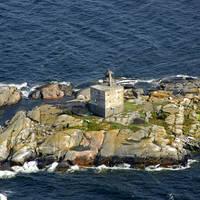 Tjaerven Lighthouse