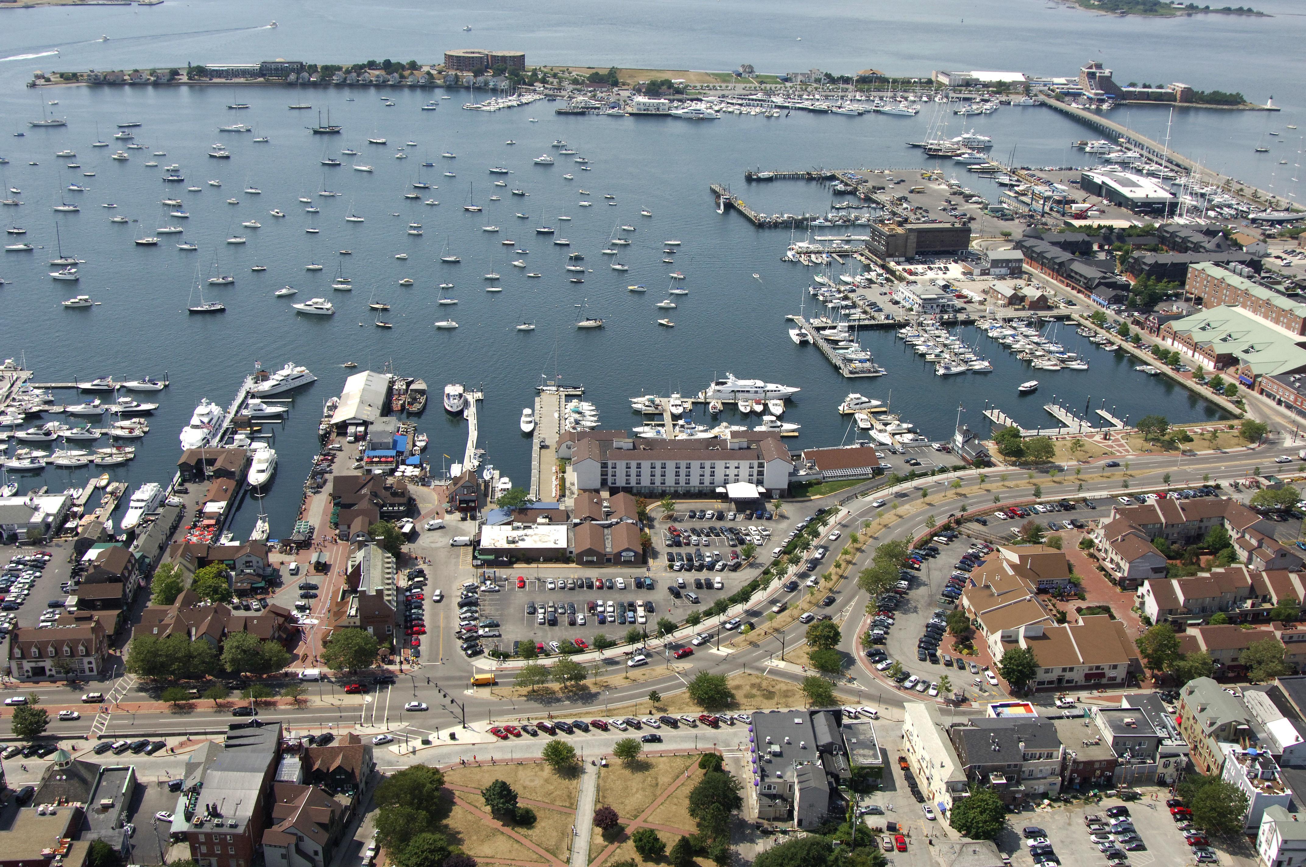 The Newport Harbor Hotel Marina