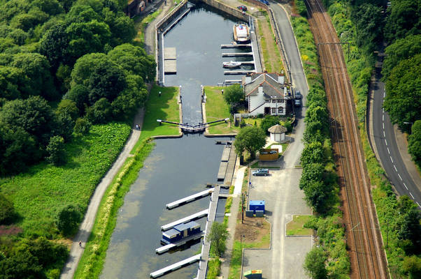 Forth and Clyde Canal Lock 38