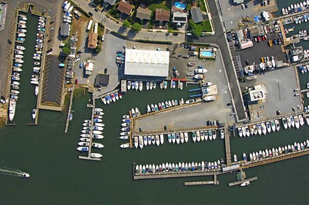 Blue Water Yacht Club