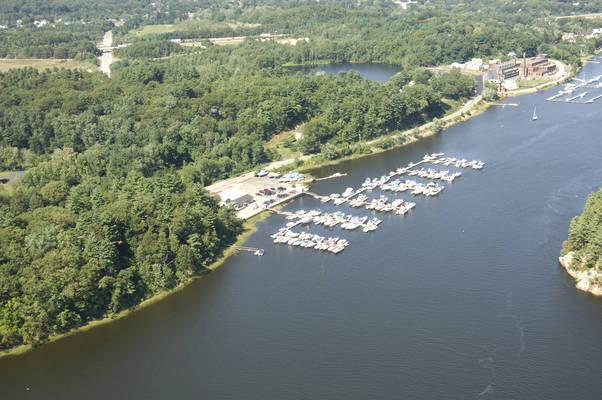 MacKenzies Landing Marina