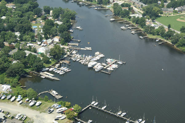 Lynch Cove Marina