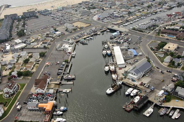 Ken's Landing Marina