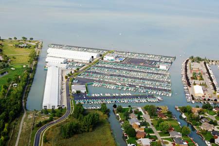 MacRay Harbor Marina