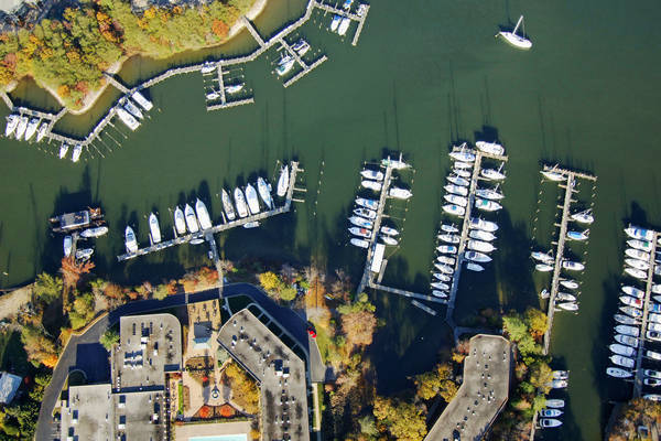 Solomons Harbor Marina