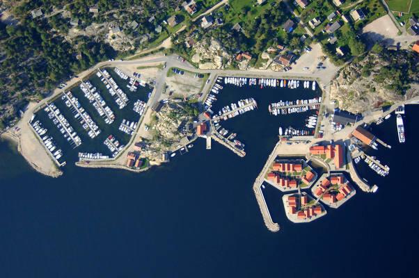 Skjaerhollen West Marina