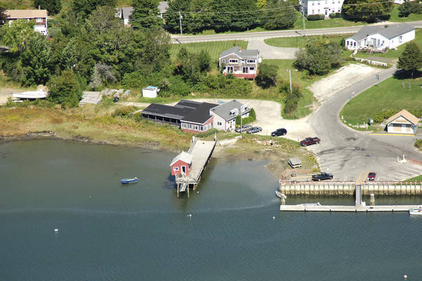 Harbor View Tavern & Marina