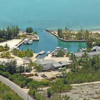 Stella Maris Resort Club & Marina