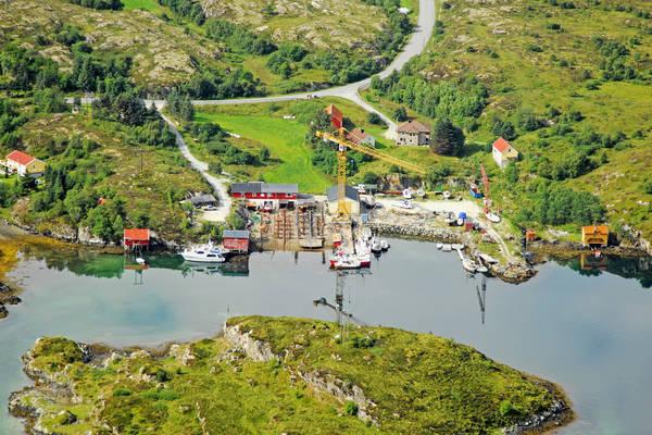 Dolmoya Dock