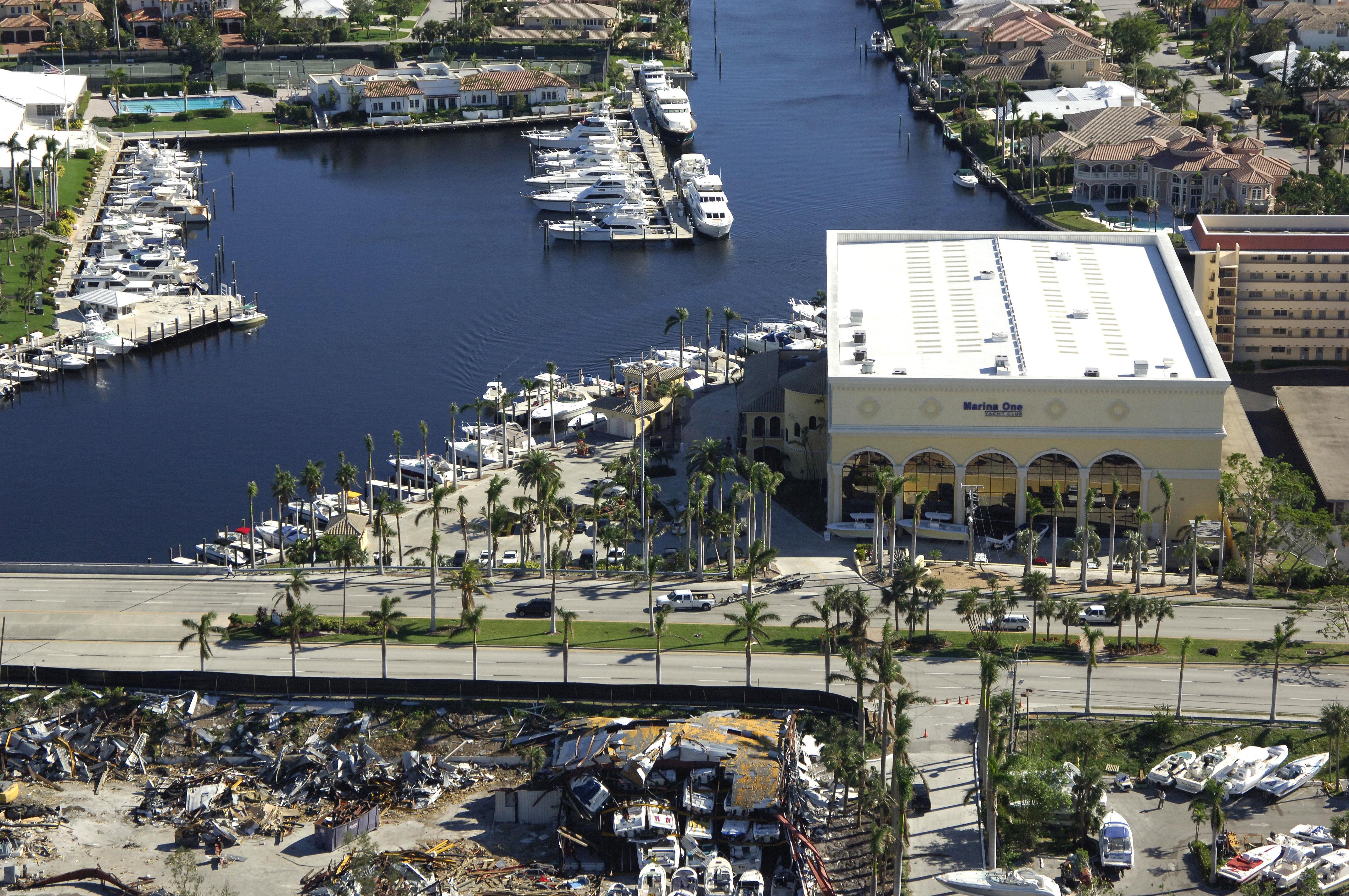 Marina One Yacht