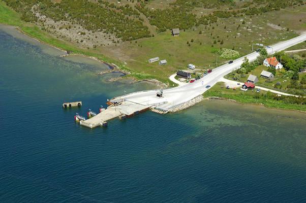 Faro Ferry