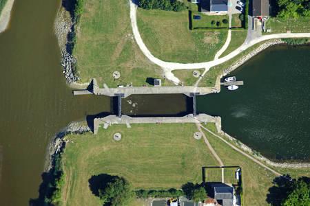 Canal Carentan Lock