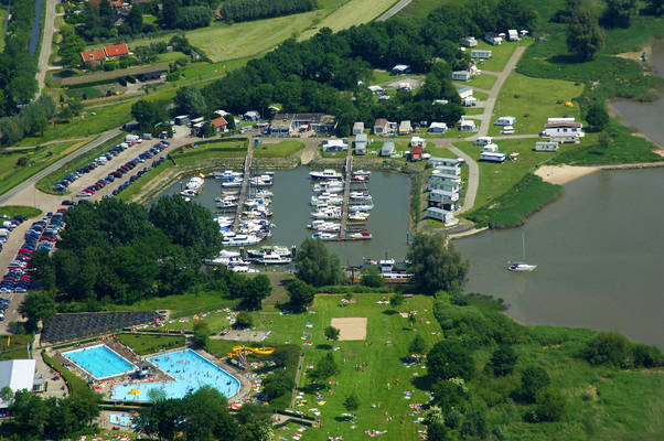 Wilderak Yachtharbor, Camping & Boatyard