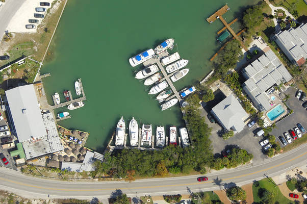 Chadwick Cove Marina