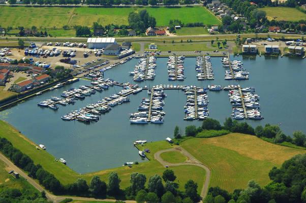Hanzeland Yacht Harbour