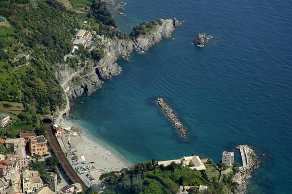 Monterosso Levante Marina