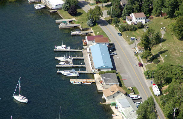 Lake Ontario Mariners Marina