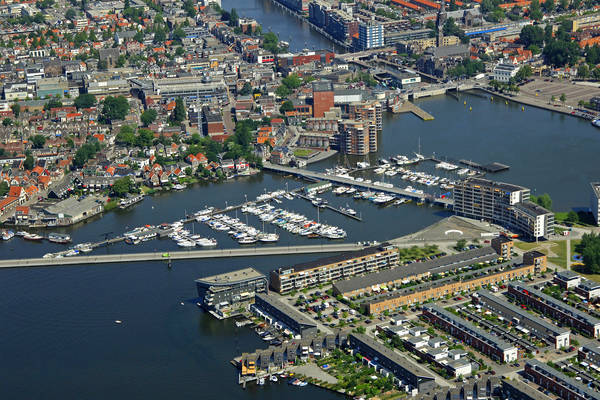 De Remming Yacht Harbour