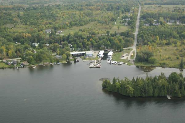 Sturgeon Lake Marina