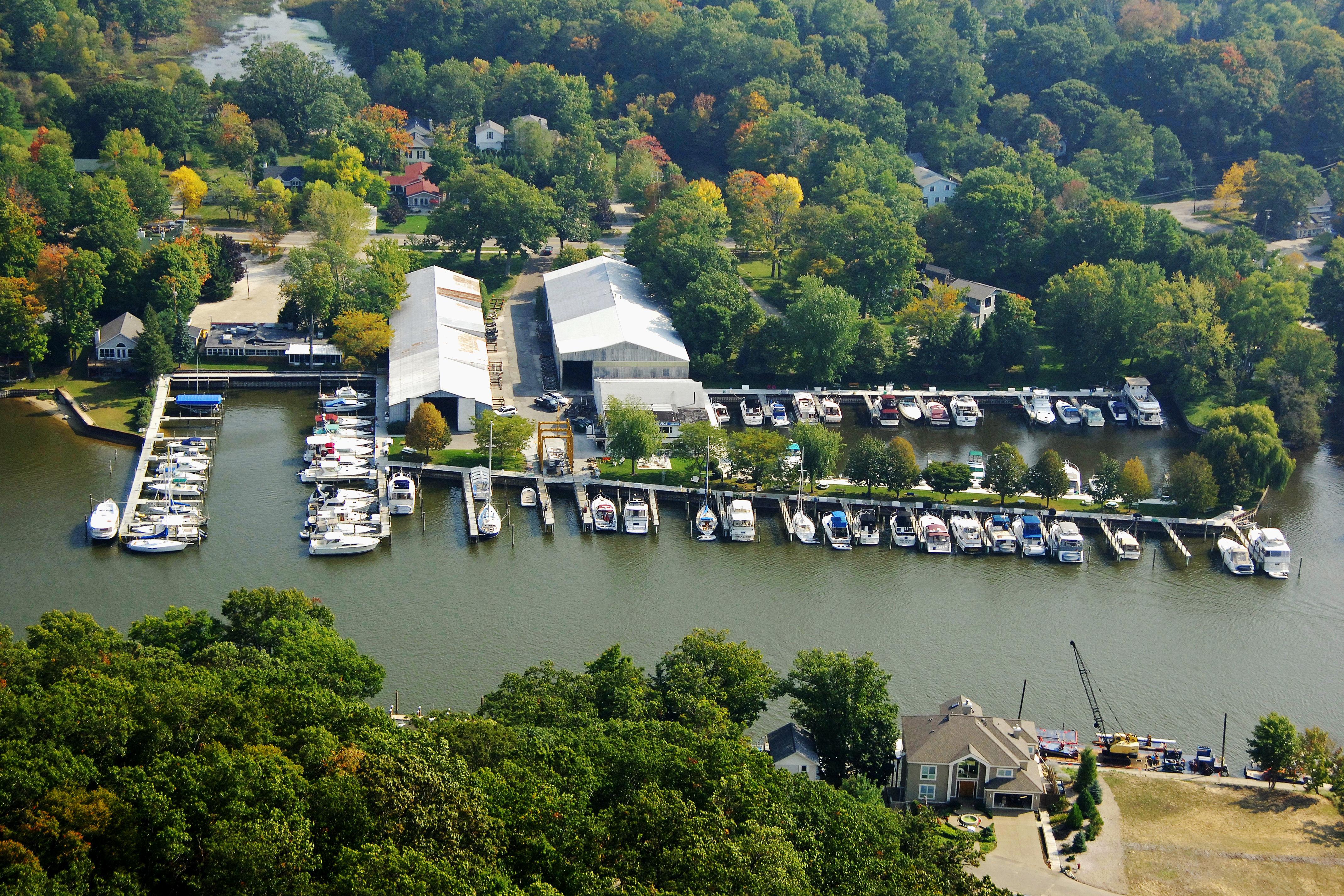 Saugatuck Harbor Yacht Club in Westport, CT, United States
