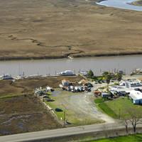 Gilardis Lakeville Marina