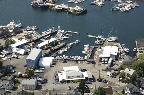 Brown's Yacht Yard