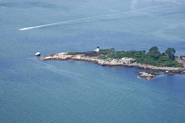 Ten Pound Island Light (Tenpound Island Light)