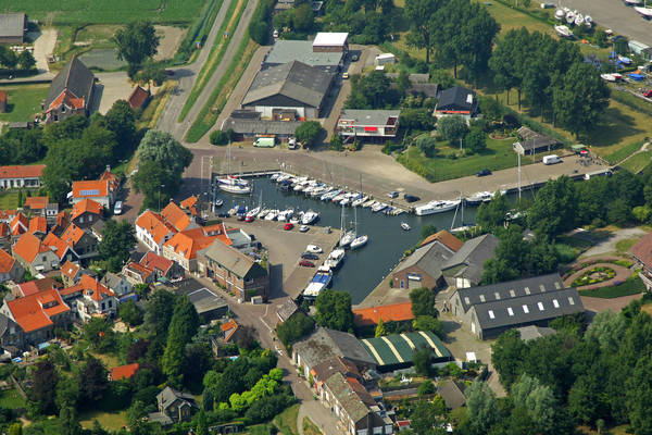 Stad A'ant Haringvliet Yacht Harbour