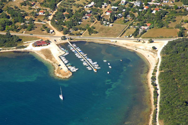 Peroj Harbour