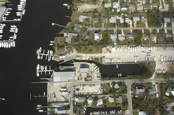 Hinckley Yacht Services Stuart