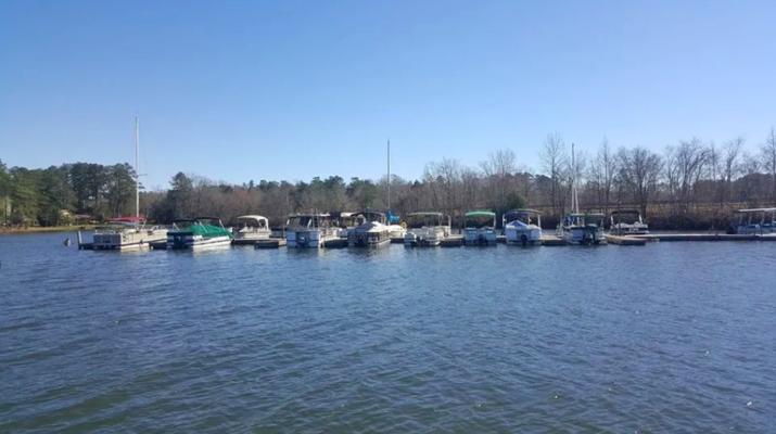 Hollow Creek Marina