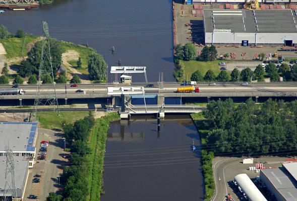 Euvelgunner Bridge