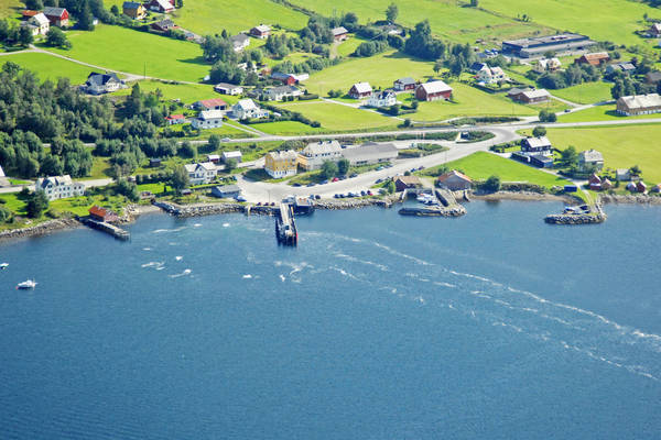 Tresfjorden Ferry Harbour