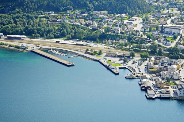 Andalsnes Guest Harbour