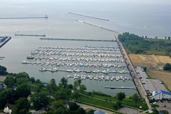 Spitzer Lakeside Marina