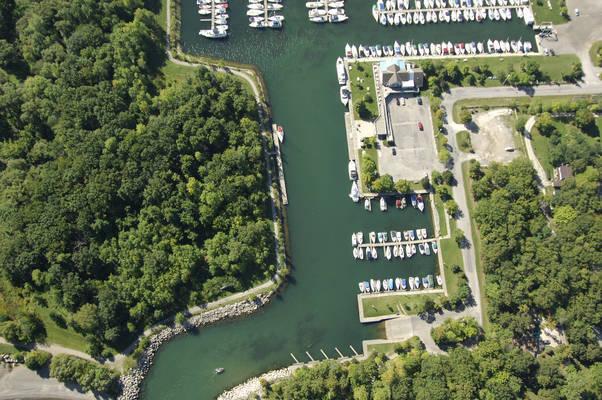 Fifty Point Yacht Club