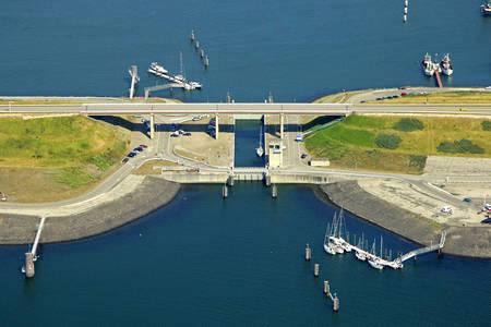 Noordland Binnenhaven Lock