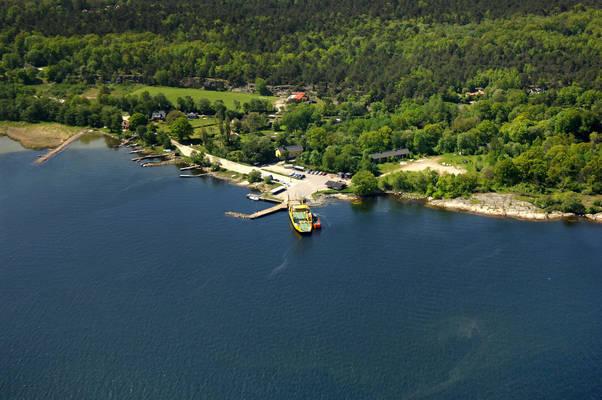 Aspo Ferry