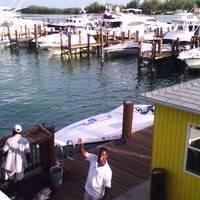 Browns Marina & BIG JOHN'S Hotel & Conch Shell Bar