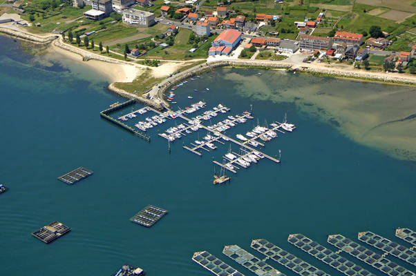 Porto De Domaio Marina