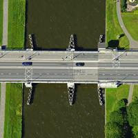 Drachsterburg Bridge
