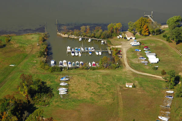 Waugh Point Marina