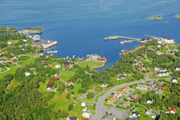 Holsfita Harbour