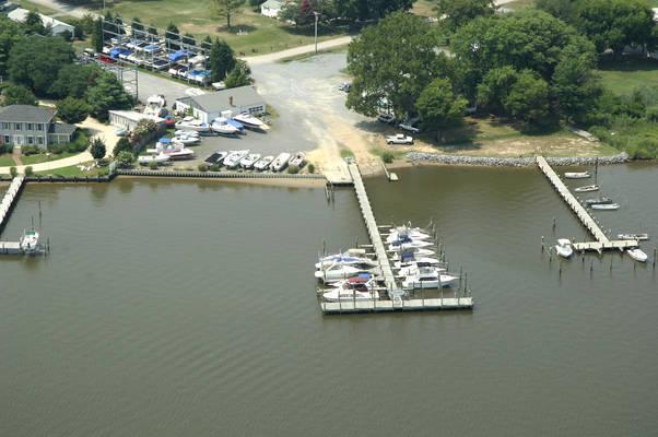 Desoto's Landing Marina