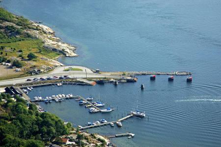 Kolhattan Ferry