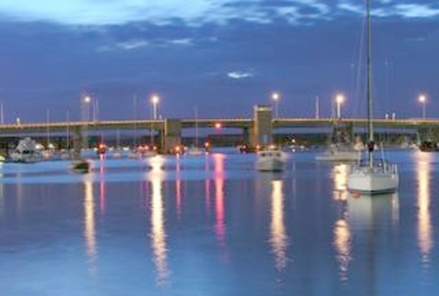 Newburyport Harbor Marina Slip Dock Mooring Reservations