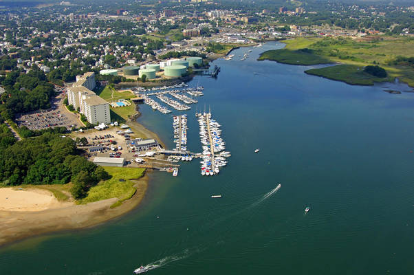 Town River Yacht Club