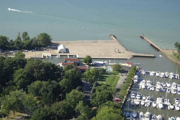 Mentor Harbor Yachting Club