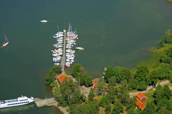 Bjoerkoe Marina