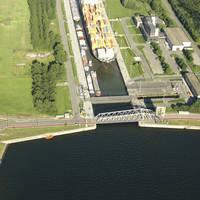 Waaslandhaven Lock